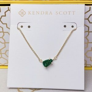 New Kendra Scott Gold Emerald Drusy Helga
